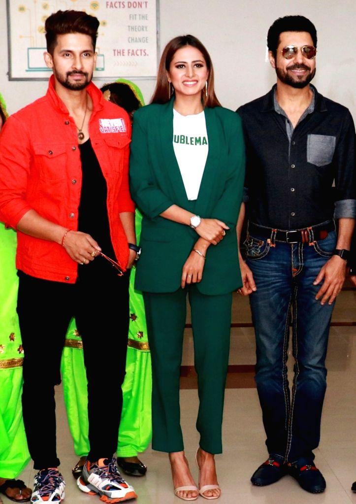 Actors Binnu Dhillon, Sargun Mehta and Ravi Dubey at the promotion of their upcoming Punjabi film 'Kala Shah Kala' in Mohali, Punjab, on Feb 13, 2019. - Binnu Dhillon, Sargun Mehta, Ravi Dubey and Kala Shah Kala