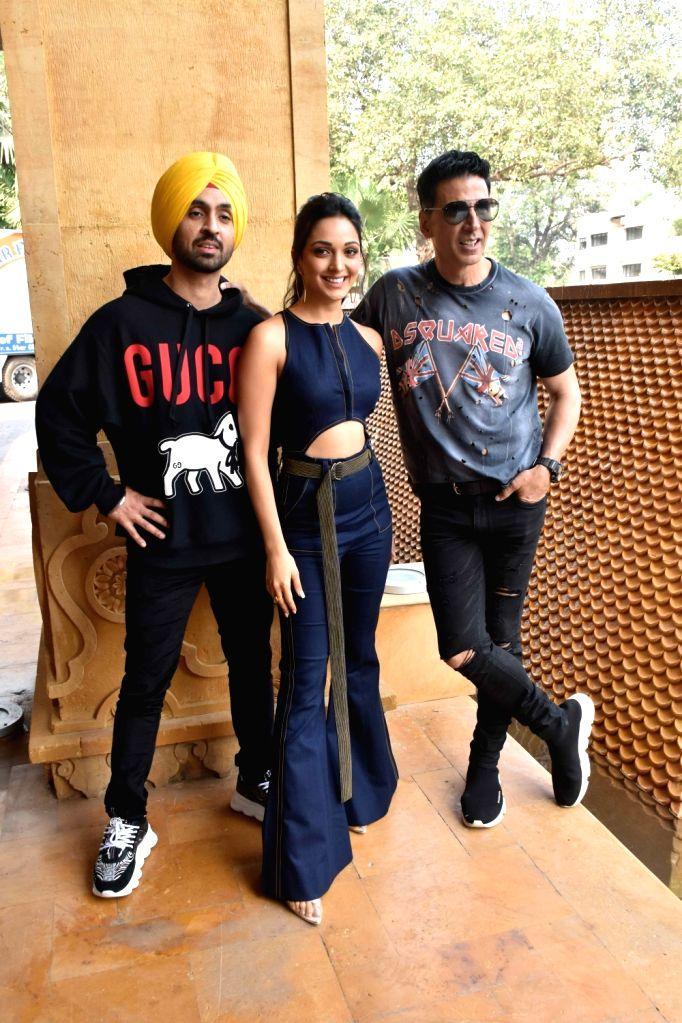 "Actors Diljit Dosanjh, Kiara Advani and Akshay Kumar during the promotions of their upcoming film ""Good Newwz"" in Mumbai on Dec 12, 2019. - Diljit Dosanjh, Kiara Advani and Akshay Kumar"