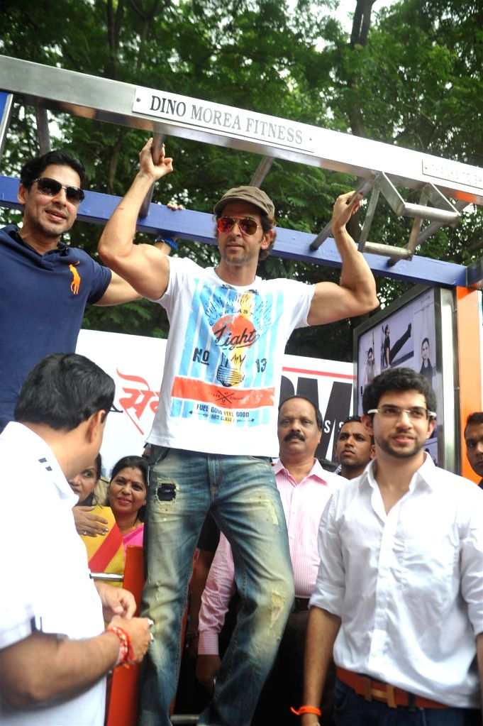 Actors Dino Morea, Hrithik Roshan and Shiv Sena Youth Wing Chief Aditya Thackeray during the inauguration of Dino Moreas DM Fitness studio, in Mumbai, on September 8, 2014. - Dino Morea, Hrithik Roshan and Shiv Sena Youth Wing Chief Aditya Thackeray