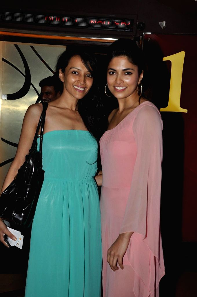 Actors Dipannita Sharma and Parvathy Omanakuttan during the special screening of the film PIZZA 3D in Mumbai on July 17, 2014. - Dipannita Sharma and Parvathy Omanakuttan