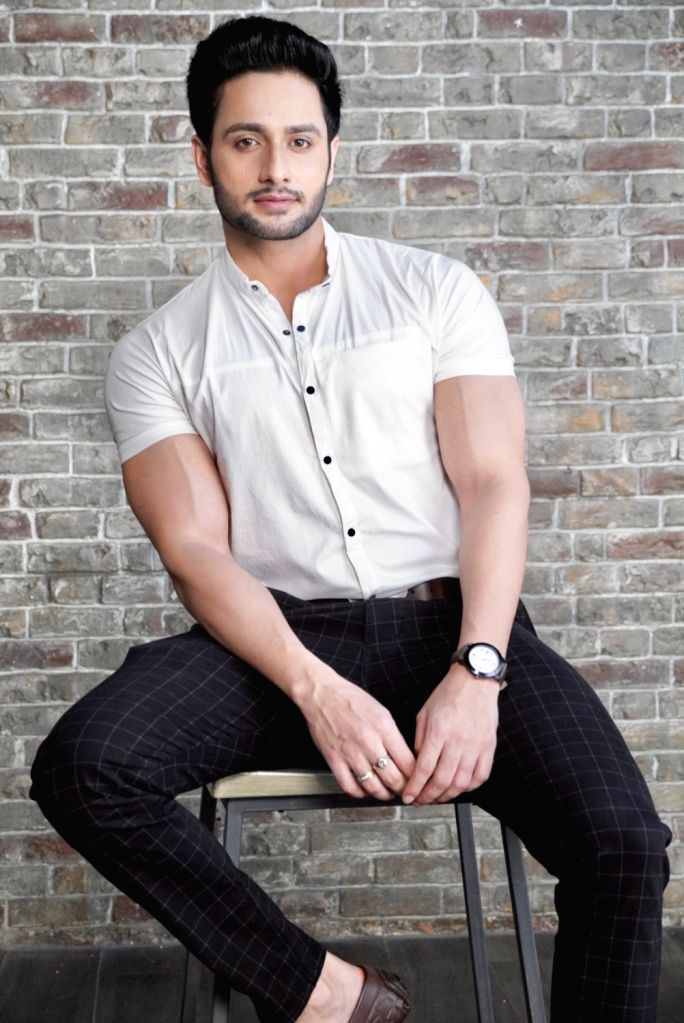 Actors exist because of their fans: Savi Thakur.