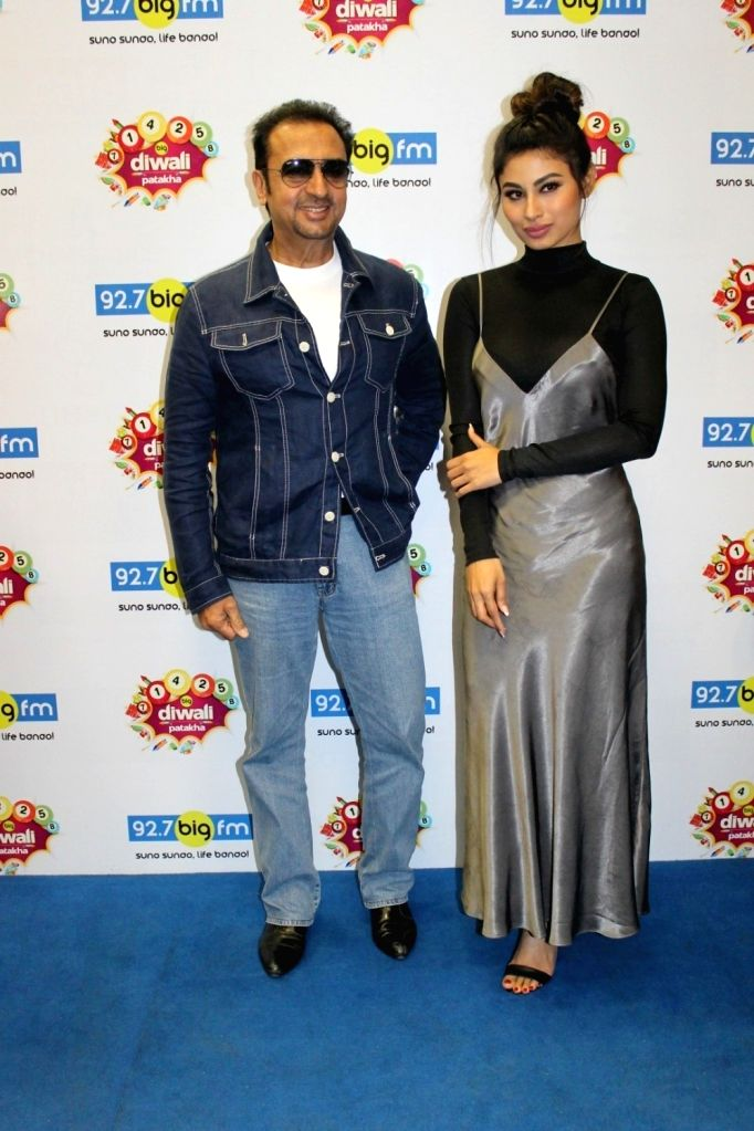 Actors Gulshan Grover and Mouni Roy during the promotion of upcoming 3D Animation film Mahayoddha Rama at 92.7 BIG FM in Mumbai on Oct 28, 2016. - Gulshan Grover and Mouni Roy
