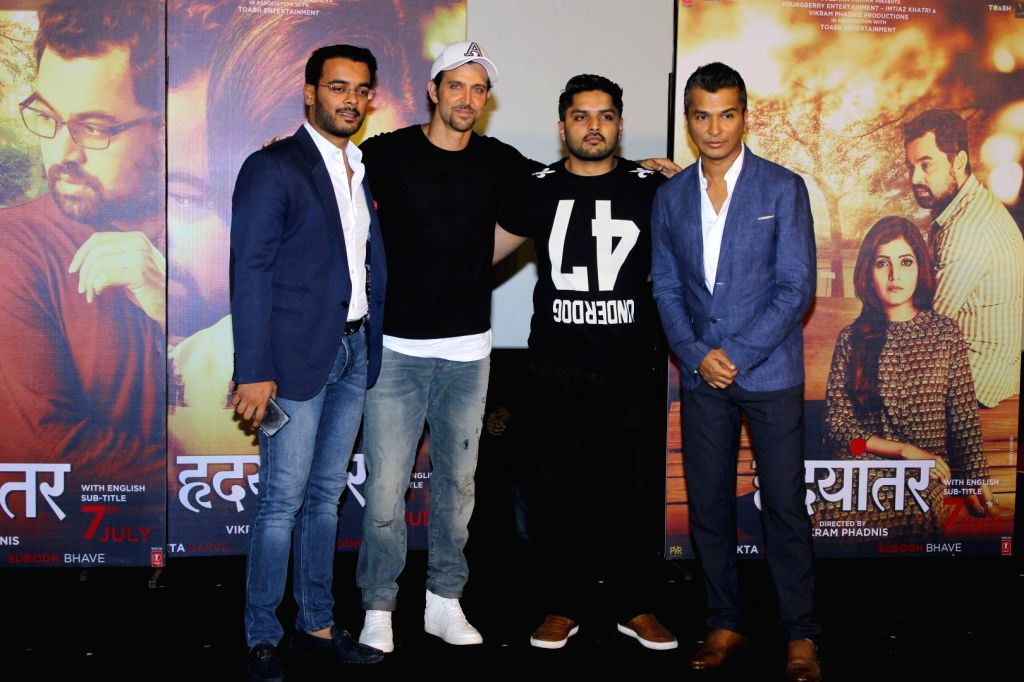 Actors Hrithik Roshan, Mustafa Burmawalla and fashion designer Vikram Phadnis during the trailer launch of Marathi film Hrudayantar in Mumbai on May 28, 2017. - Hrithik Roshan and Mustafa Burmawalla