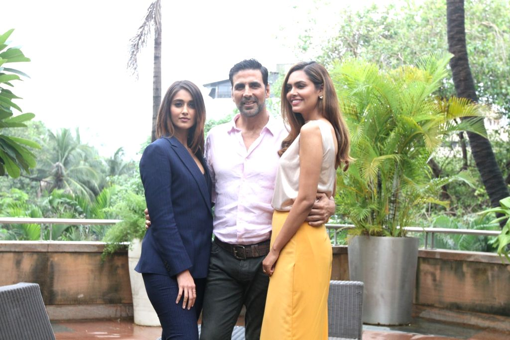 Actors Ileana D`Cruz, Akshay Kumar and Esha Gupta during the media interaction of film Rustom in Mumbai, India on August 6, 2016. - Ileana D, Akshay Kumar and Esha Gupta