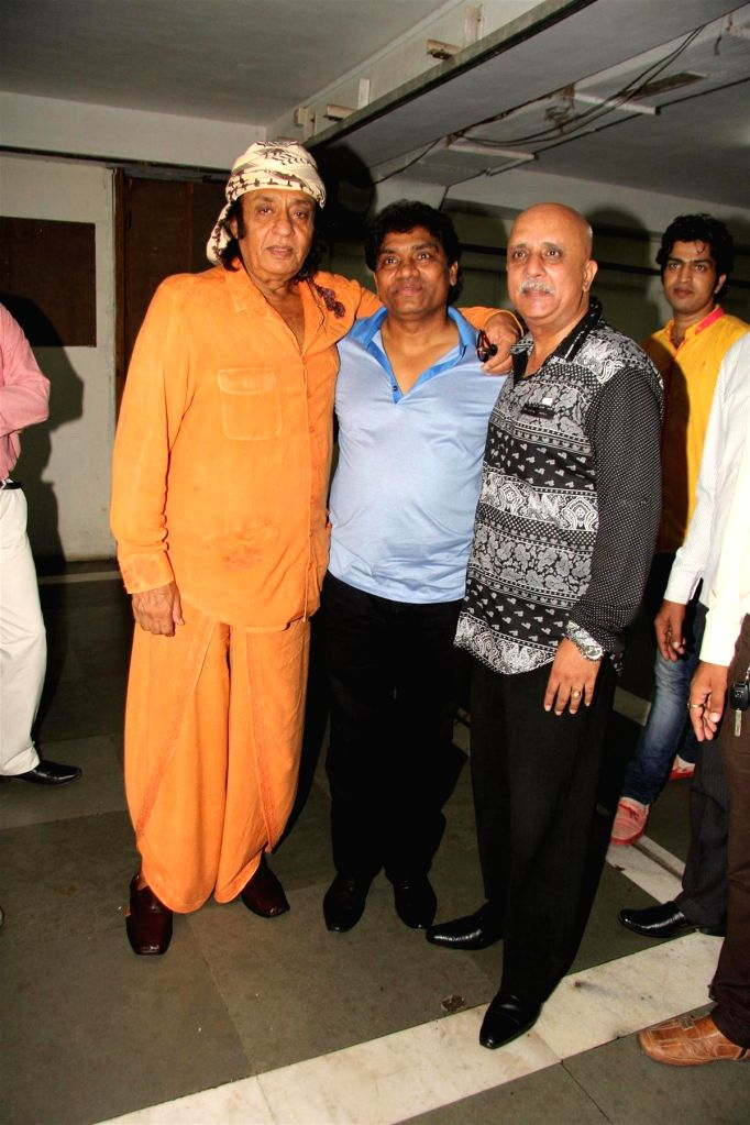 Actors Johnny Lever, Ranjeet and Rajesh Puri during the party to celebrate the success of Hindi play `Sab Golmaal Hai`, in Mumbai, on July 5, 2015. - Johnny Lever, Ranjeet and Rajesh Puri