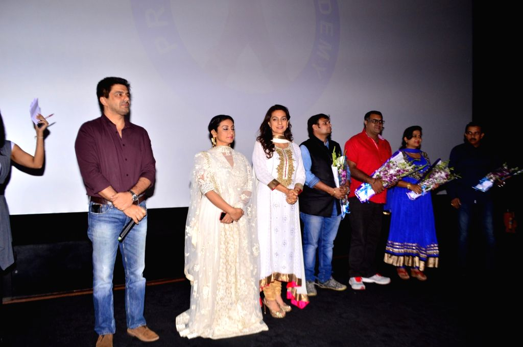 Actors Juhi Chawla, Samir Soni and Divya Dutta during the Screening of film Chalk N Duster in Mumbai. - Juhi Chawla, Samir Soni and Divya Dutta