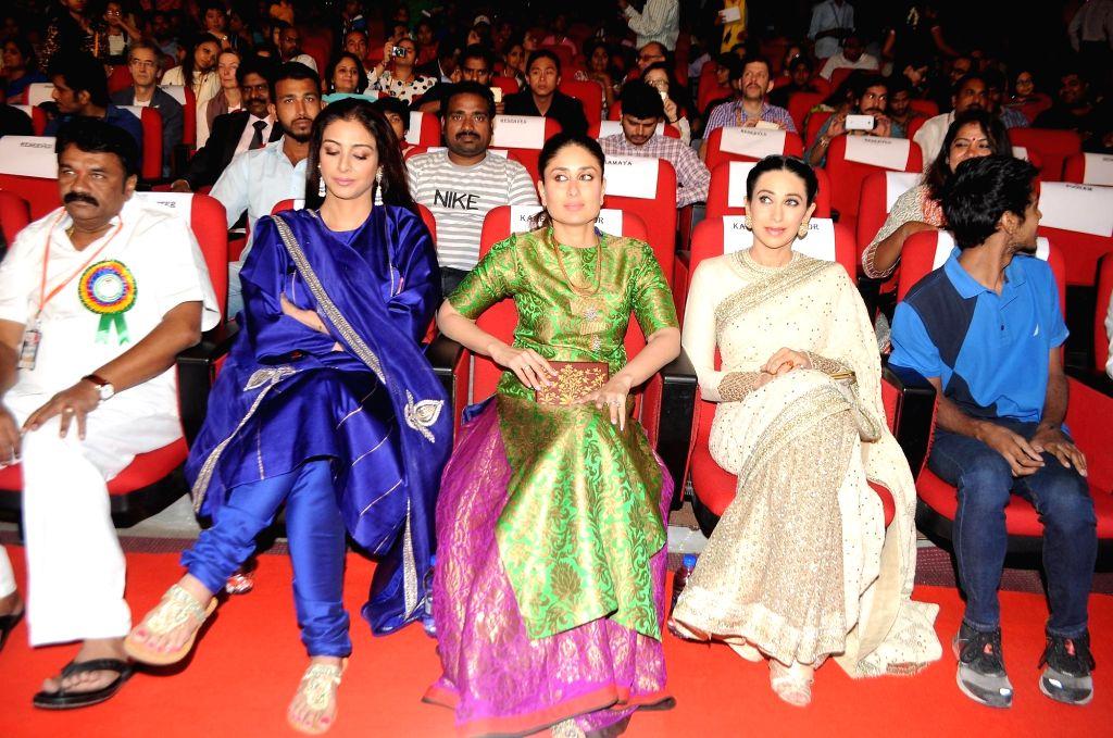 Actors Kareena Kapoor, Karishma Kapoor and Tabu during the 19th The Golden Elephant International Children`s Film Festival (ICFFI) in Hyderabad on November 15, 2015. - Kareena Kapoor and Karishma Kapoor