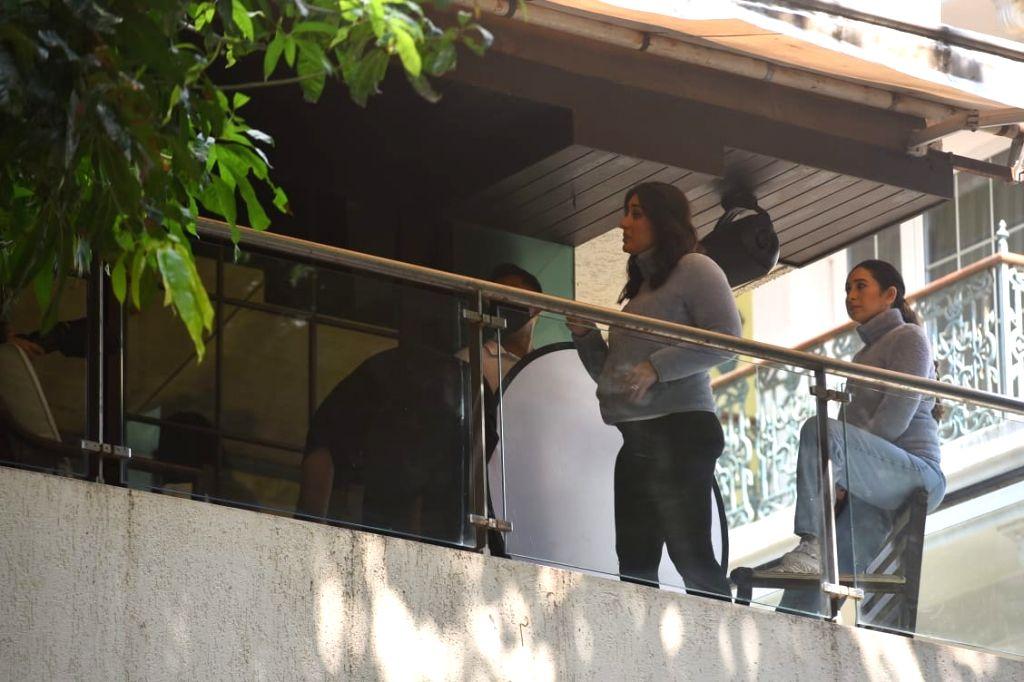 Actors Karisma Kapoor and Kareena Kapoor Khan seen at the former's Bandra residence in Mumbai on Oct 27, 2020. - Karisma Kapoor and Kareena Kapoor Khan