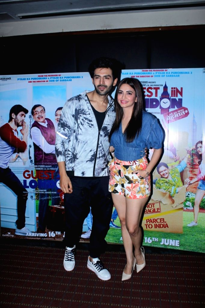 Actors Kartik Aaryan and Kriti Kharbanda during the promotion of film Guest Iin London in Mumbai, on June 1, 2017. - Kartik Aaryan and Kriti Kharbanda