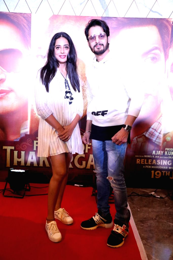 """Actors Mahie Gill and Jimmy Sheirgill at the screening of their upcoming film """"Family of Thakurganj"""" in Mumbai, on July 17, 2019. - Mahie Gill and Jimmy Sheirgill"""
