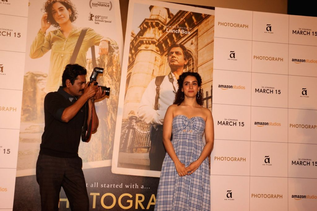 "Actors Nawazuddin Siddiqui and Sanya Malhotra during a programme organsied to launch ""Tumne Mujhe Dekha"" - a song from upcoming film ""Photograph"" in Mumbai on March 9, 2019. - Nawazuddin Siddiqui and Sanya Malhotra"