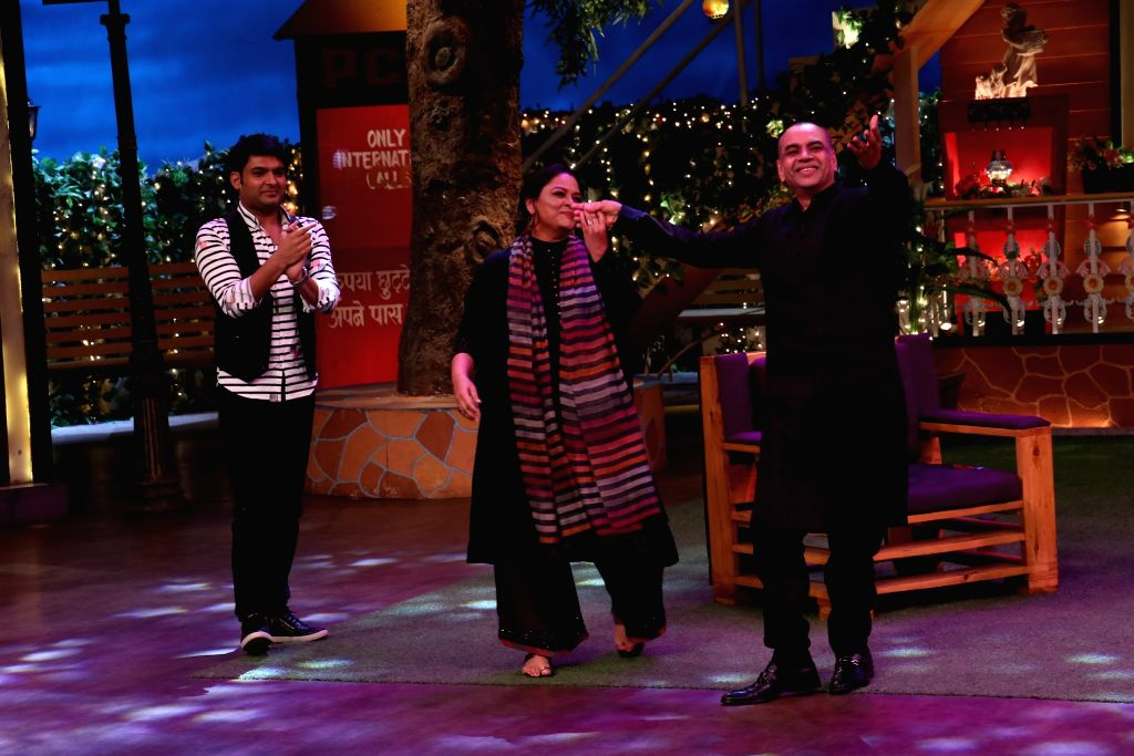 Actors Paresh Rawal and Tanvi Azmi  during the promotion of film Guest in London on the sets of The Kapil Sharma Show in Mumbai, on June 23, 2017. - Paresh Rawal and Tanvi Azmi
