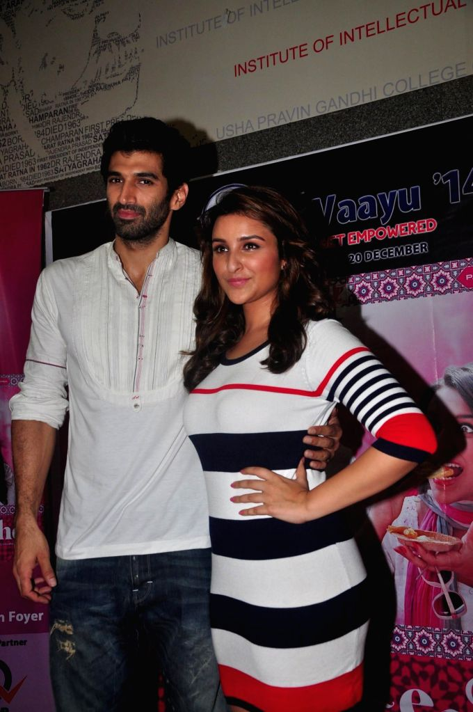 Actors Parineeti Chopra and Aditya Roy Kapur promoted their upcoming film Daawat-e-Ishq during the inauguration of Vaayu festival of Narsee Monjee Institute of Management Studies (NMIMS) in Mumbai, .. - Parineeti Chopra and Aditya Roy Kapur