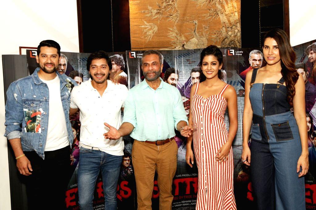 "Actors Pavan Malhotra, Ishita Dutta, Sonnalli Seygall, Shreyas Talpade and Aftab Shivdasani during a press conference to promote their film ""Setters"" in New Delhi, on 25 April, ... - Pavan Malhotra, Ishita Dutta, Sonnalli Seygall, Shreyas Talpade and Aftab Shivdasani"