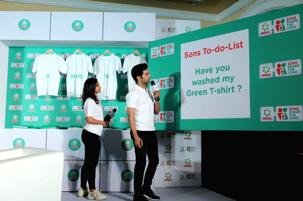 Actors Rajkummar Rao and Patralekha during the Ariel's campaign 'Sons Share The Load' in Mumbai's parel, on Feb 7, 2019 - Rajkummar Rao and Patralekha