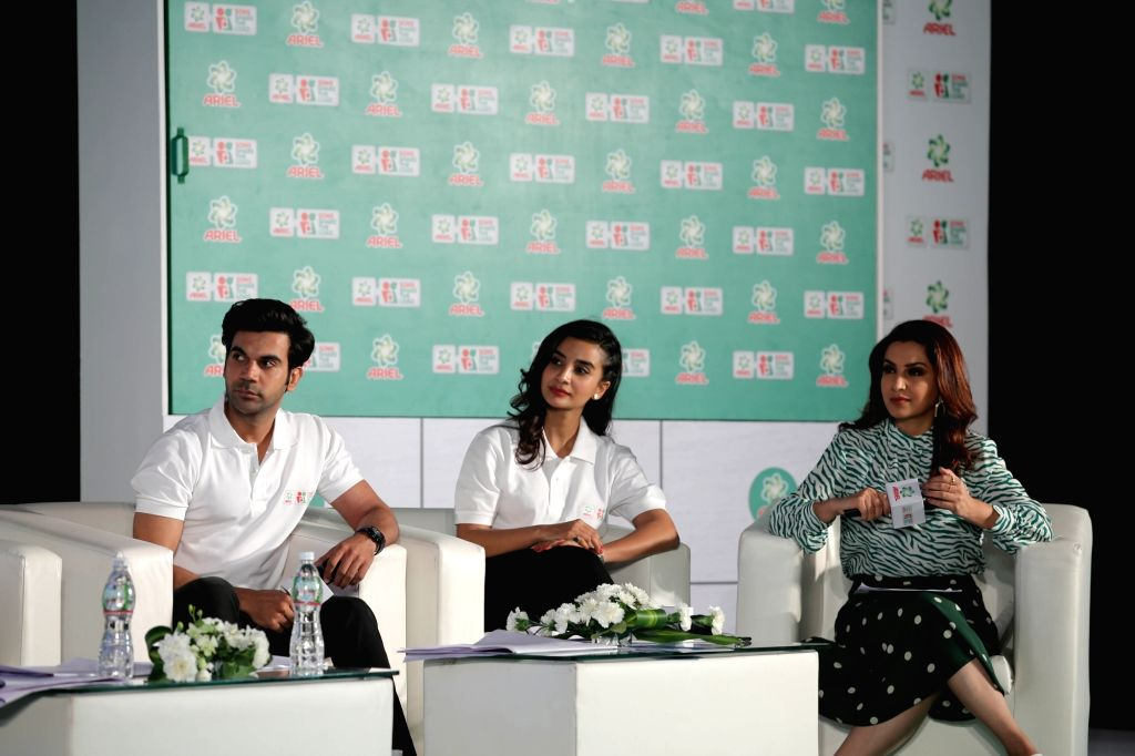 Actors Rajkummar Rao, Patralekha and Tisca Chopra during  the Ariel's campaign 'Sons Share The Load' in Mumbai's parel, on Feb 7, 2019 - Rajkummar Rao, Patralekha and Tisca Chopra