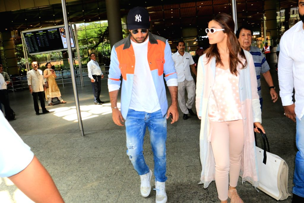 Actors Ranbir Kapoor and Alia Bhatt. (Photo: IANS) - Ranbir Kapoor and Alia Bhatt