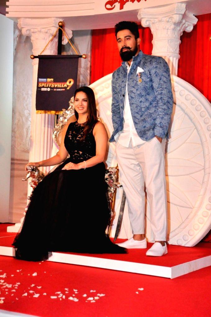 Actors Rannvijay Singh and Rannvijay Singh during the launch of MTV Splitsvilla 9, in Mumbai, on May 31, 2016. - Rannvijay Singh