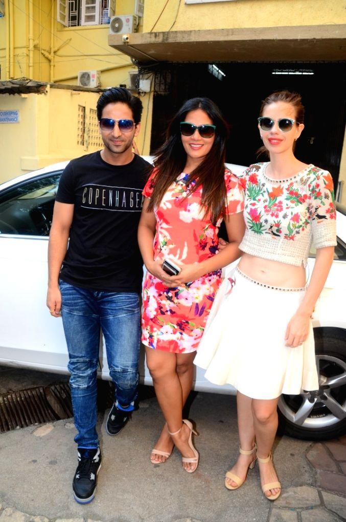 "Actors Richa Chadda, Kalki Koechlin and Arslan Goni during the song launch of  their film ""Jia Aur Jia""  in Mumbai on Oct 5, 2017. - Richa Chadda, Kalki Koechlin and Arslan Goni"
