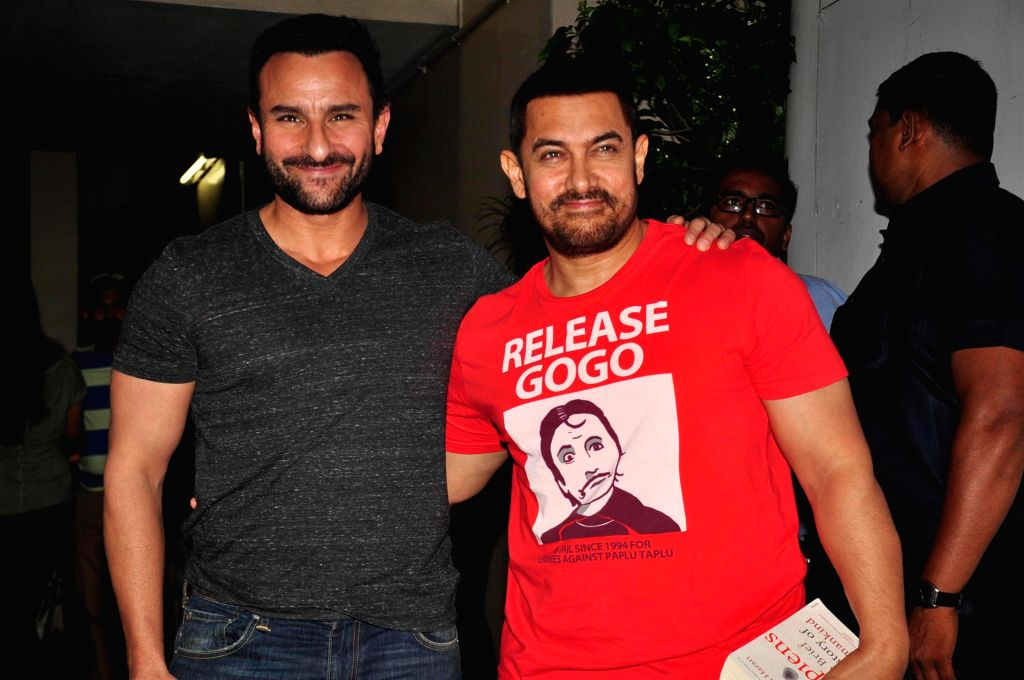 Actors Saif Ali Khan and Aamir Khan spotted in Bandra in Mumbai, on Aug 20, 2015. - Saif Ali Khan and Aamir Khan