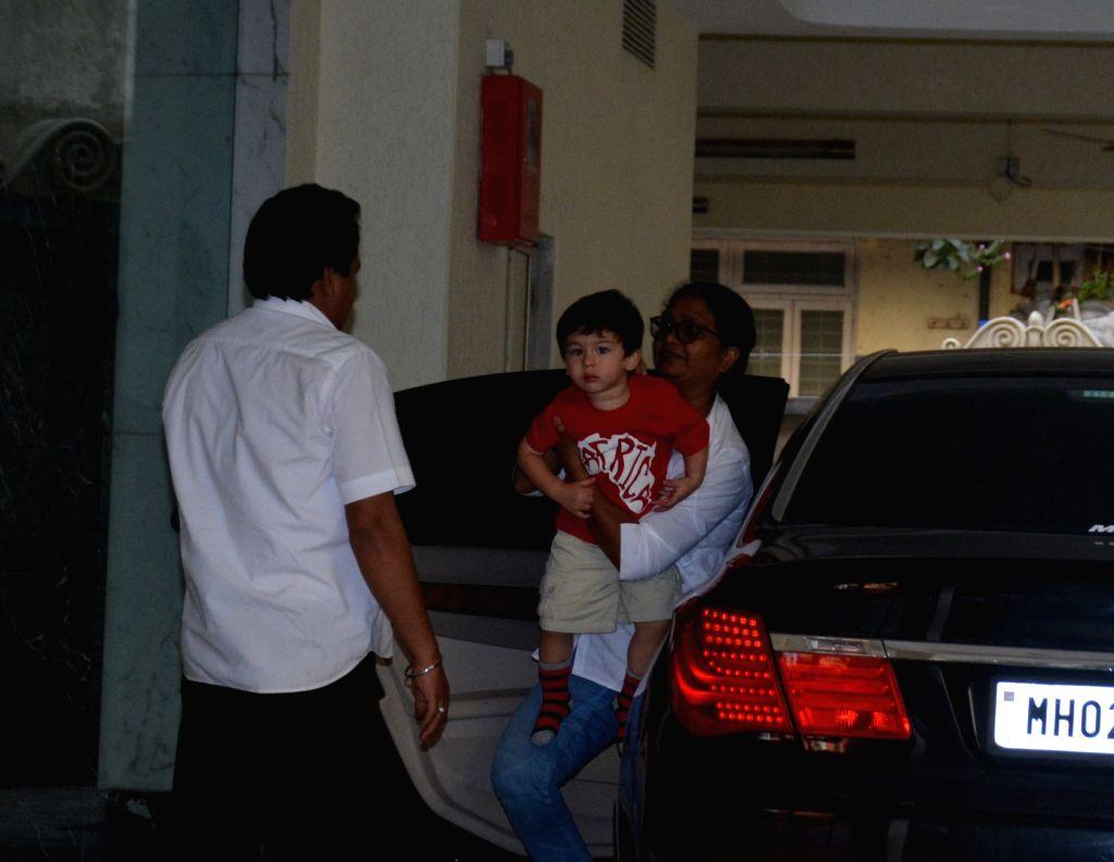 Actors Saif Ali Khan and Kareena Kapoor Khan's son Taimur Ali Khan seen at Bandra in Mumbai on Jan. 29, 2019. - Saif Ali Khan, Kareena Kapoor Khan and Taimur Ali Khan