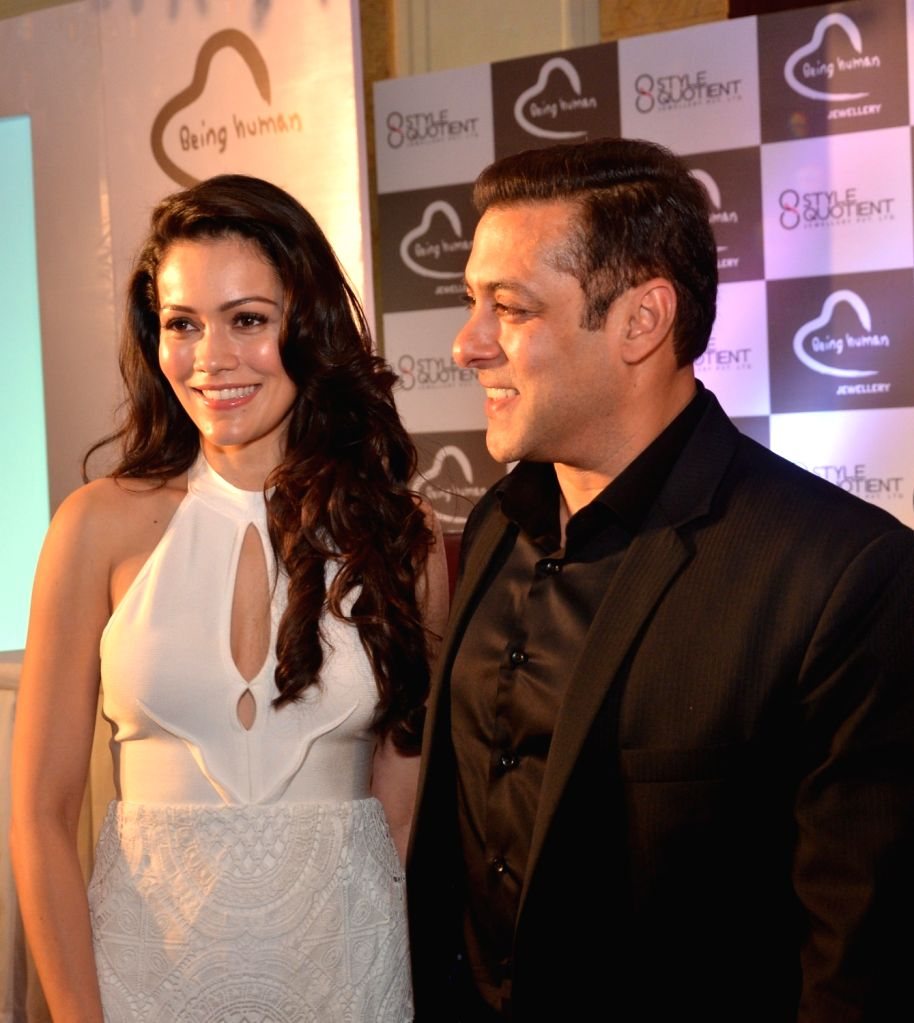 Actors Salman Khan and Waluscha de Sousa at the launch of  Being Human Jewellery in New Delhi, on Sept 30, 2016. - Salman Khan and Waluscha