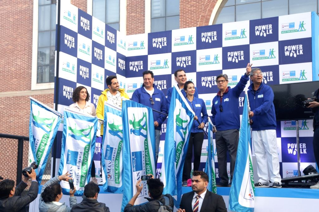 Actors Sanya Malhotra, Ayushmann Khurrana and Malaika Arora flag off Walk for Health in New Delhi on Feb 18, 2018. - Sanya Malhotra, Ayushmann Khurrana and Malaika Arora