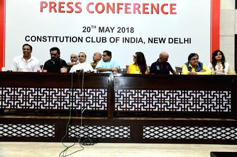 Actors Shahbaz Khan, Sheeba Akashdeep Sabira and Vindu Dara Singh during a press conference regarding Luv Kush Ramleela in New Delhi on May 21, 2018. - Shahbaz Khan, Sheeba Akashdeep Sabira and Vindu Dara Singh