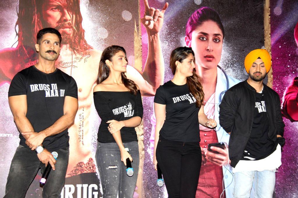 Actors Shahid Kapoor, Alia Bhatt, Kareena Kapoor and Punjabi singer and actor Diljit Dosanjh during the trailer launch of film Udta Punjab in Mumbai, on April 16, 2016. - Diljit Dosanjh, Shahid Kapoor, Alia Bhatt, Kareena Kapoor and Punjabi
