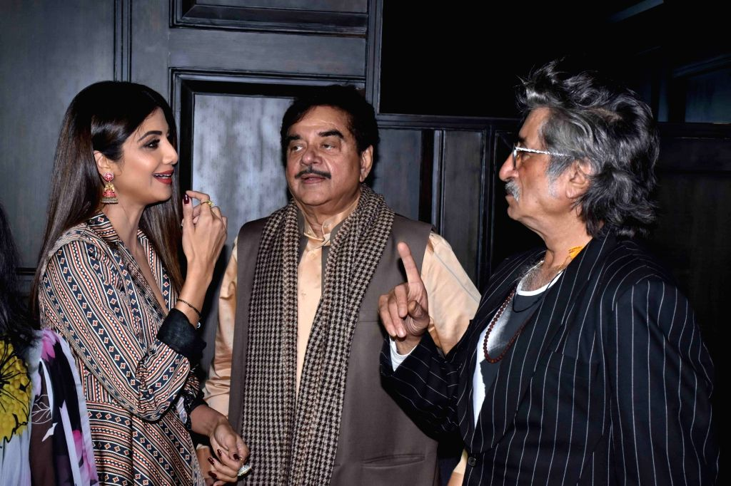 Actors Shilpa Shetty Kundra, Shatrughan Sinha and Shakti Kapoor during a programme in Mumbai on Oct 30, 2018. - Shilpa Shetty Kundra, Shatrughan Sinha and Shakti Kapoor