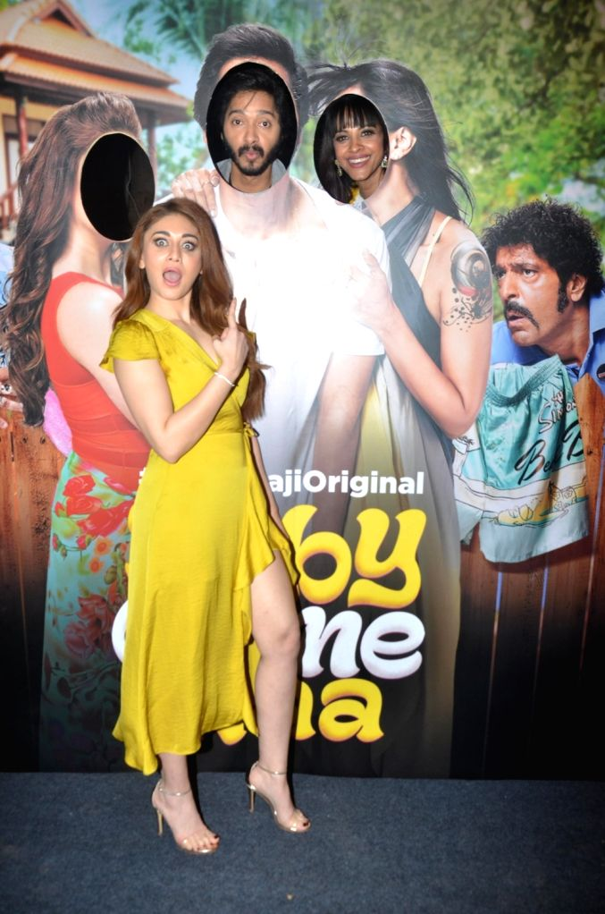 "Actors Shreyas Talpade, Shefali Jariwala and Manasi Scott at the screening of ALT Balaji's ""Baby Come Naa"" web series in Mumbai on Oct 30, 2018. - Shreyas Talpade, Shefali Jariwala and Manasi Scott"