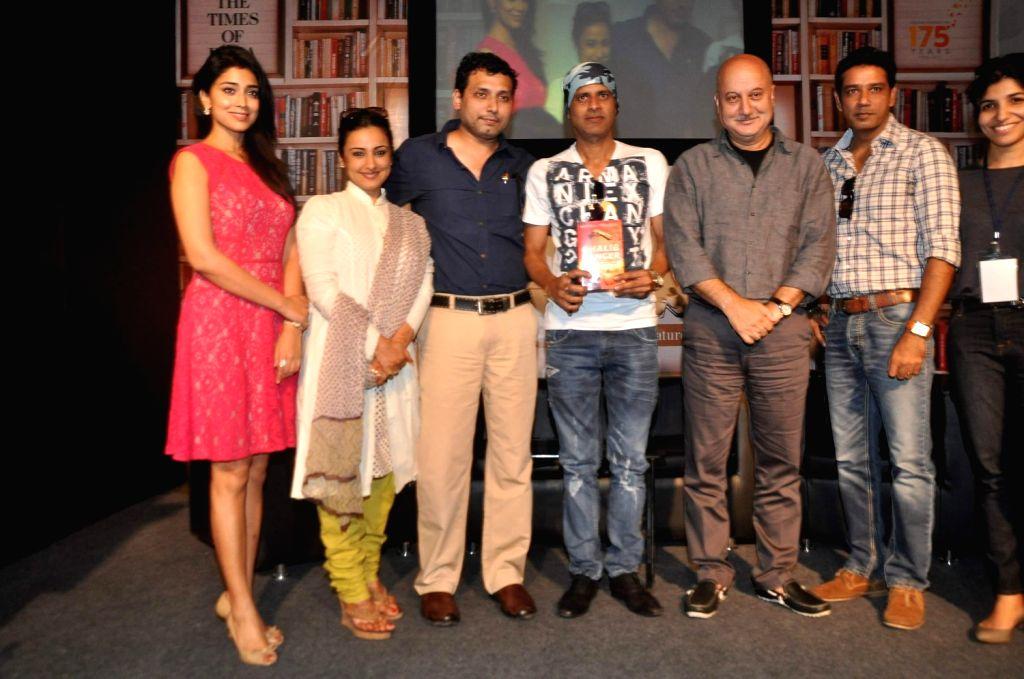 Actors Shriya Saran, Divya Dutta, filmmaker Neeraj Pandey, Manoj Bajpai, Anupam Kher and Anup Soni during Neeraj's book launch Ghalib Danger at the Literary Carnival, a festival for author, ... - Shriya Saran, Divya Dutta, Neeraj Pandey, Manoj Bajpai and Anupam Kher