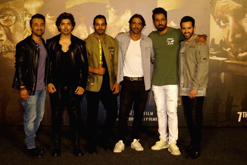 "Actors Siddhanth Kapoor, Gurmeet Choudhary, Harshvardhan Rane, Arjun Rampal, Sonu Sood and Luv Sinha at the trailer launch of their upcoming film ""Paltan"", in Mumbai on Aug 2, 2018. - Siddhanth Kapoor, Gurmeet Choudhary, Harshvardhan Rane, Arjun Rampal, Sonu Sood and Luv Sinha"