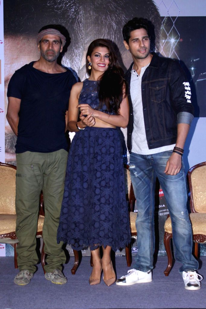 Actors Sidharth Malhotra, Jacqueline Fernandez and Akshay Kumar  during a press conference regarding their upcoming film Brothers in New Delhi, on Aug 11, 2015. - Sidharth Malhotra, Jacqueline Fernandez and Akshay Kumar