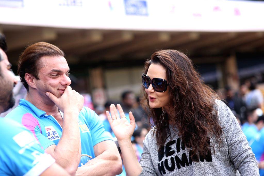Actors Sohail Khan and Preity Zinta during the Celebrity Cricket League (CCL) match played between Mumbai Heroes vs Punjab De Sher in Bengaluru on Jan 23, 2016. - Sohail Khan and Preity Zinta
