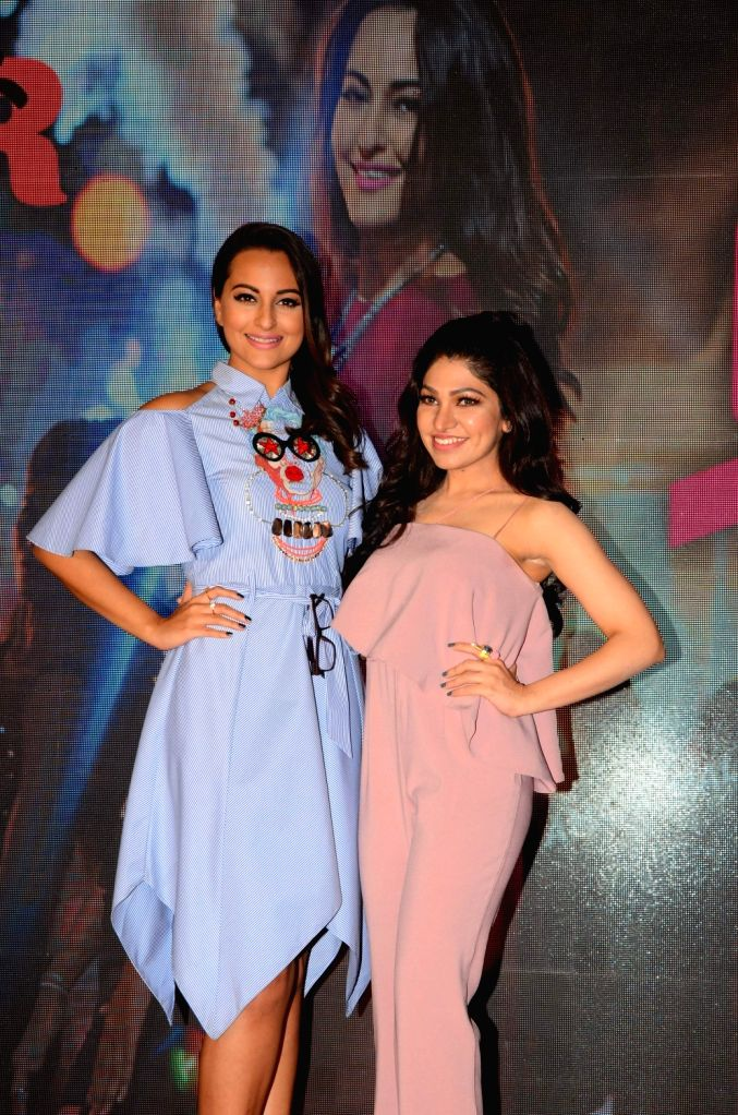 Actors Sonakshi Sinha and singer Tulsi Kumar during the launch of song Gulabi 2.0 from film Noor in Mumbai on March 22, 2017. - Sonakshi Sinha and Tulsi Kumar