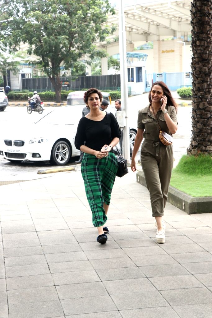 Actors Sonali Bendre and Gayatri Oberoi seen at Bandra Kurla Complex in Mumbai on Aug 10, 2019. - Sonali Bendre and Gayatri Oberoi