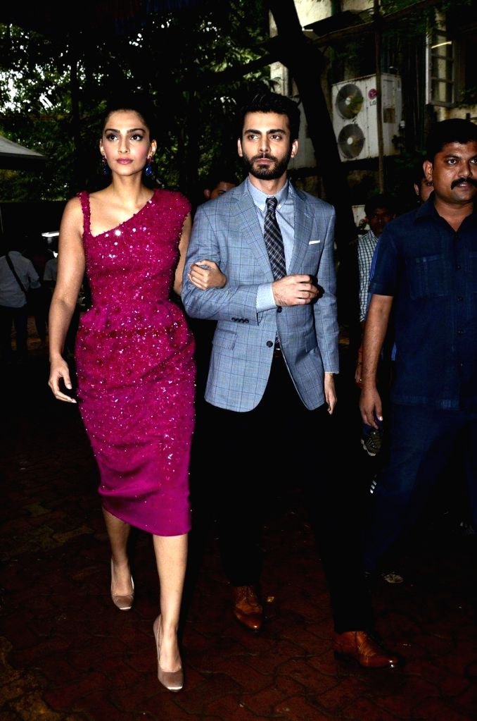 Actors Sonam Kapoor and Fawad Khan on the sets of Zee Cine Star Ki Khoj, during the promotion of film Khoobsurat in Mumbai, on Sept 9, 2014. - Sonam Kapoor and Fawad Khan