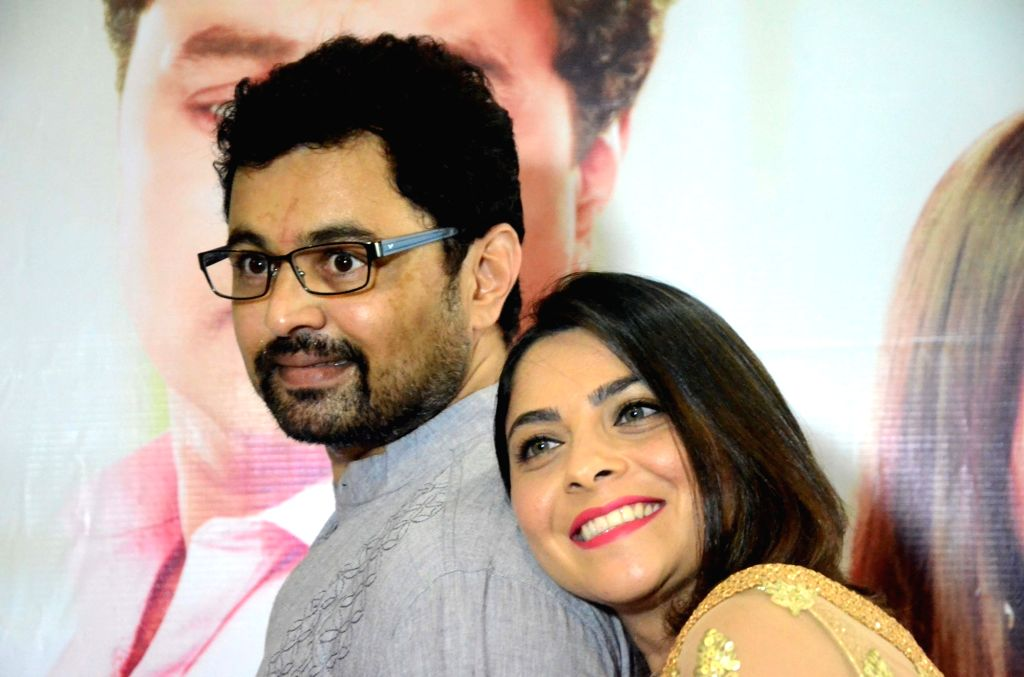 "Actors Subodh Bhave and Sonalee Kulkarni at the trailer launch of the movie ""Tula Kalnar Nahi"" in Mumbai on Aug 21, 2017. - Subodh Bhave and Sonalee Kulkarni"