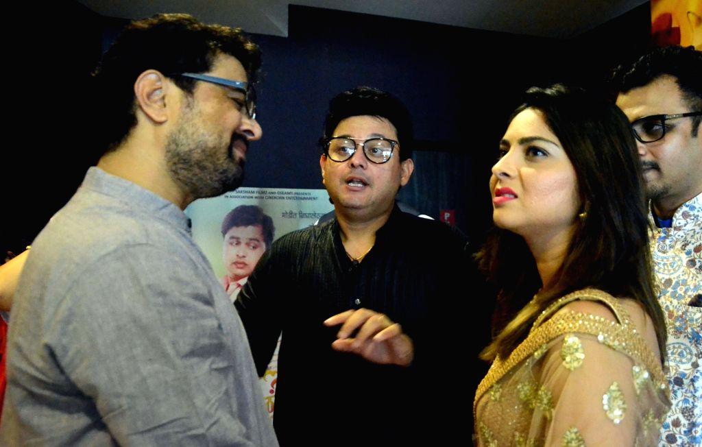 "Actors Subodh Bhave, Swapnil Joshi and Sonalee Kulkarni at the trailer launch of the movie ""Tula Kalnar Nahi"" in Mumbai on Aug 21, 2017. - Subodh Bhave, Swapnil Joshi and Sonalee Kulkarni"