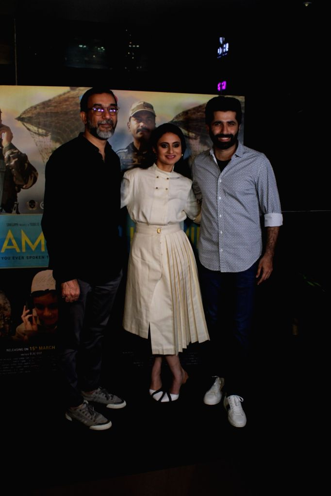 """Actors Sumit Kaul and Rasika Dugal with director Aijaz Khan at the screening of their upcoming film """"Hamid"""" in Mumbai, on March 13, 2019. - Aijaz Khan, Sumit Kaul and Rasika Dugal"""