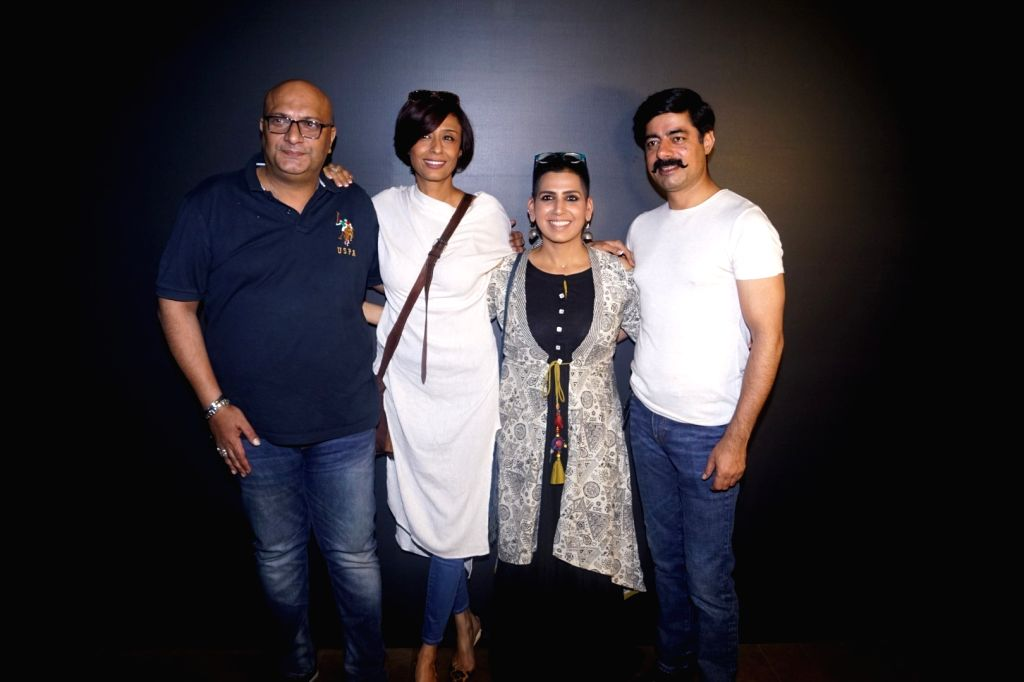 """Actors Sushant Singh, Amit Behl, Achint Kaur and Producer and Director Lakshmi R. Iyer at the special screening of web series """"Wrong Mistake"""" in Mumbai on Feb 13, 2018. - Sushant Singh, Amit Behl, Achint Kaur and Producer"""
