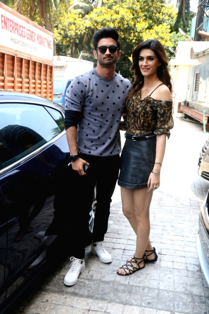 Actors Sushant Singh Rajput and Kriti Sanon during the Trailer launch of film Raabta in Mumbai on April 16, 2017. - Sushant Singh Rajput and Kriti Sanon