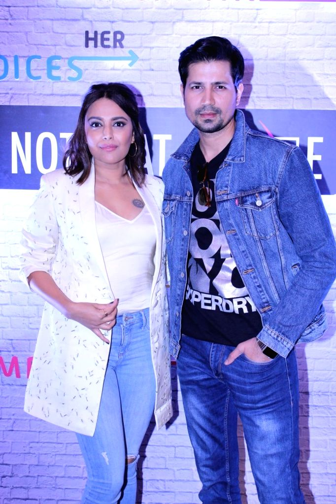 Actors Swara Bhaskar and Sumeet Vyas during a programme in Mumbai on Dec 11, 2018. - Swara Bhaskar and Sumeet Vyas