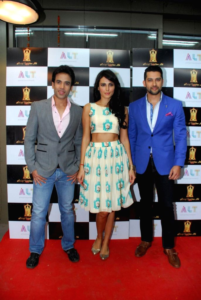 Actors Tusshar Kapoor, Mandana Karimi and Aftab Shivdasani  during the launch of upcoming film Kya Kool Hain Hum 3 in Mumbai, on Dec 7, 2014. - Tusshar Kapoor, Mandana Karimi and Aftab Shivdasani