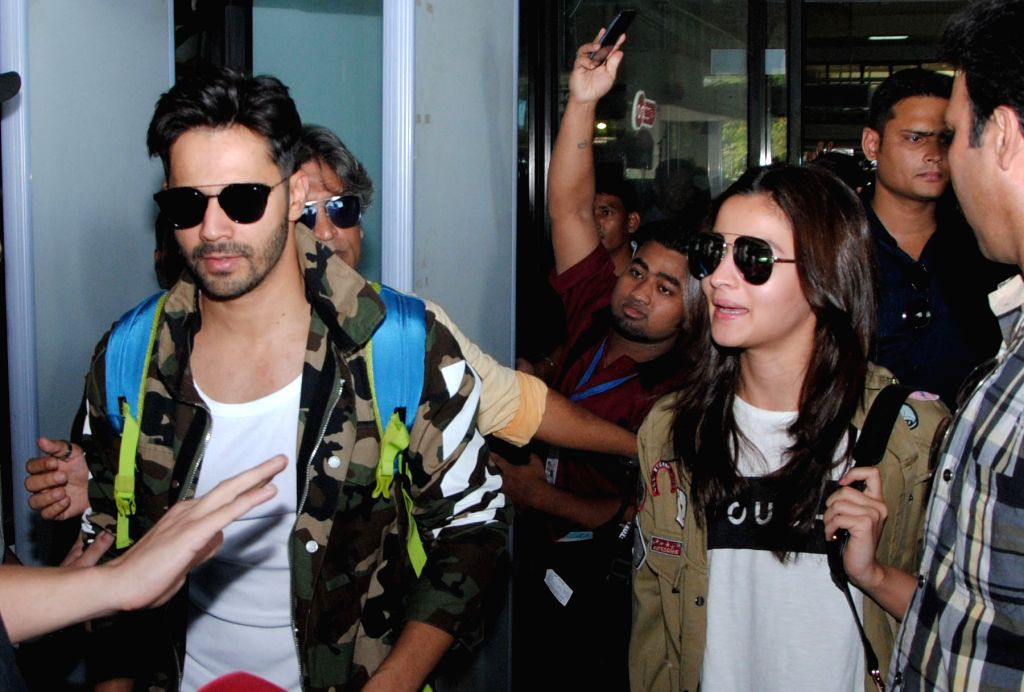 Actors Varun Dhawan and Alia Bhatt arrive to perform in the opening ceremony of the 3rd Edition of Indian Super League (ISL) 2016 at Lokpriya Gopinath Bordoloi International Airport (LGBI) ... - Varun Dhawan and Alia Bhatt