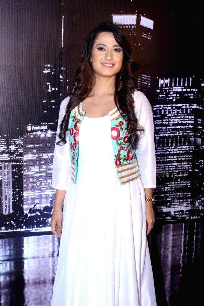 """Actress Aalisha Panwar during the launch of colors new TV Show """"Ishq Mein Marjawan"""" in Mumbai on Sept 18, 2017. - Aalisha Panwar"""