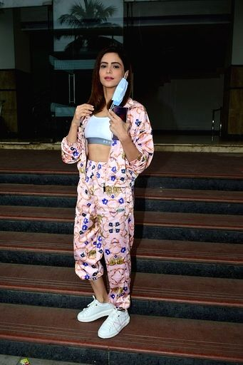 Actress Aamna Sharif seen at Andheri in Mumbai on Sep 11, 2020. - Aamna Sharif
