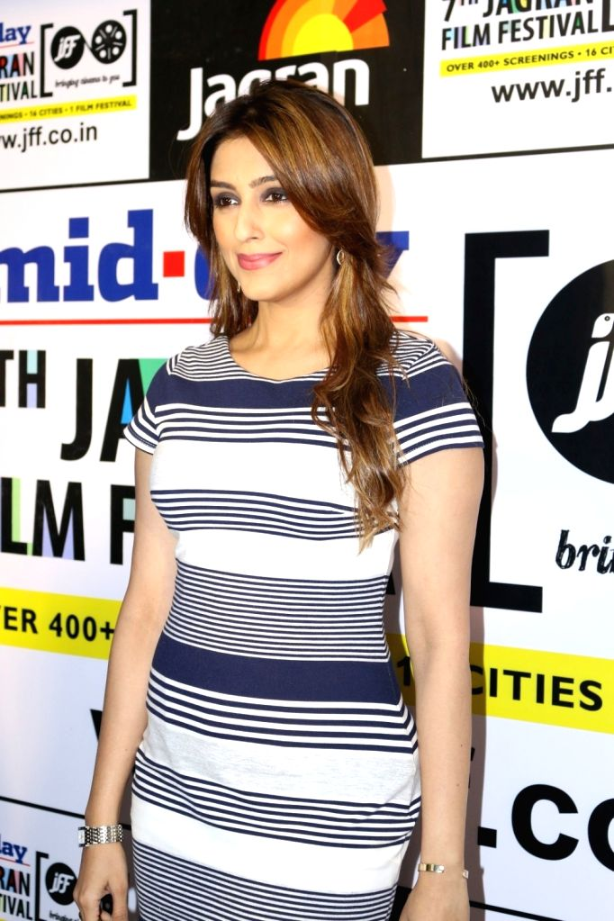 Actress Aarti Chhabria during the 7th Jagran Film Festival in Mumbai, on Sept 29, 2016. - Aarti Chhabria