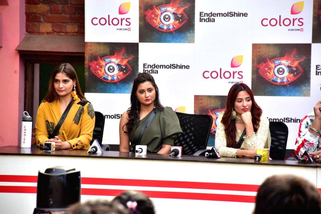 Actress Aarti Singh, Rashami Desai and Mahira Sharma at Bigg Boss 13 press conference, in Mumbai on Feb 5, 2020. - Aarti Singh, Rashami Desai and Mahira Sharma